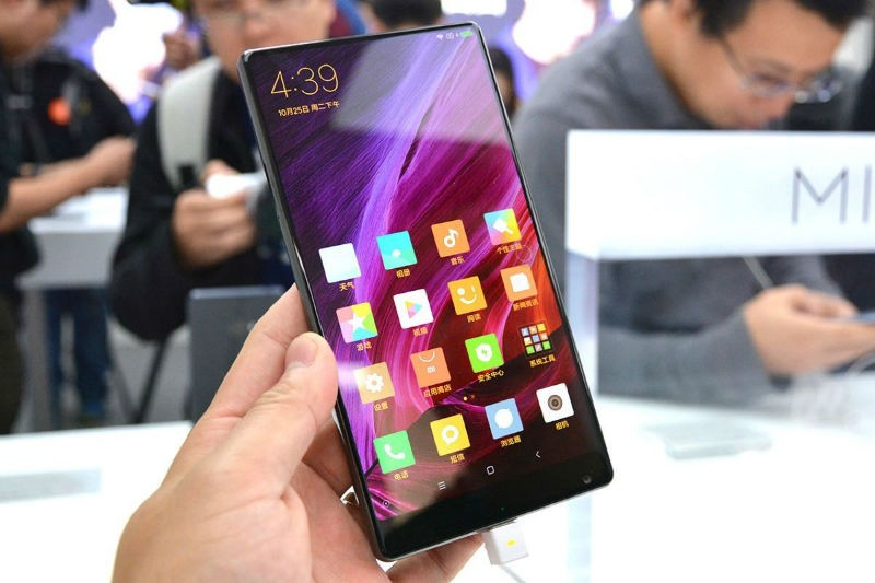 Xiaomi MiMix раскупили моментально