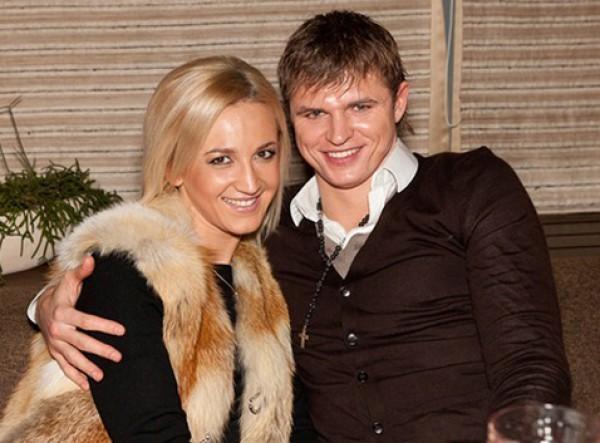 Ольга Бузова перестала носить обручальное кольцо