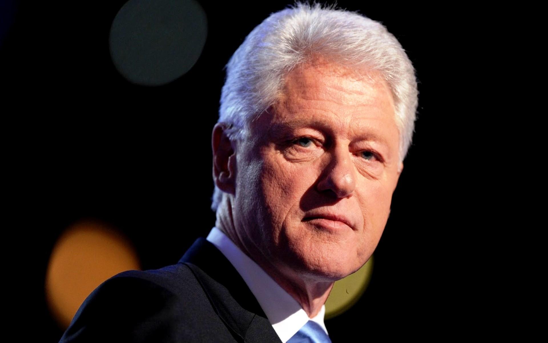 Вфонде семьи Клинтон признали факт получения 1 млн долларов отКатара