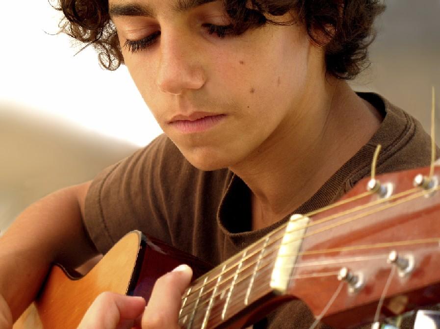 Музыка помогает детям справиться сдепрессией— Ученые