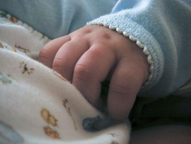 ВУфе вподъезде многоэтажки отыскали новорожденного ребенка