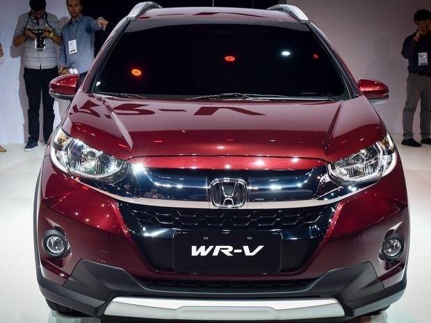 Honda презентовала компакт-кроссовер WR-V-2017
