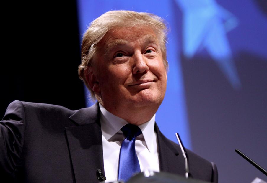 Трамп пригласил Мэй «как можно скорее» приехать вСША