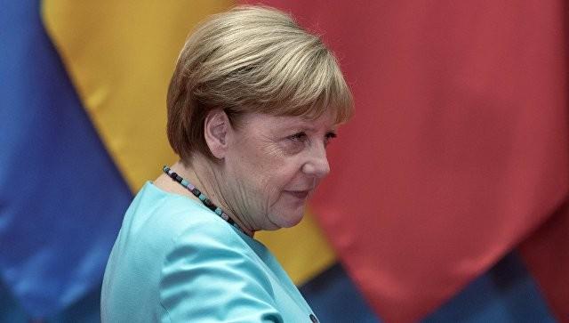 Меркель провела телефонную беседу сТрампом