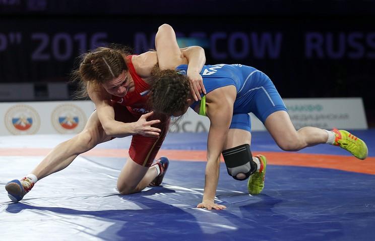 Женская сборная РФ выиграла Межконтинентальный кубок поборьбе в российской столице