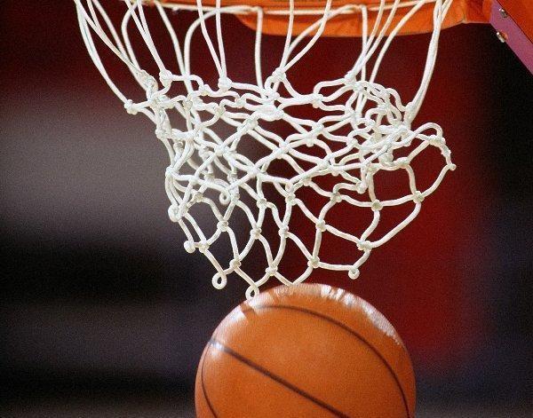 Три клуба НБА отказались пользоваться принадлежащими Трампу отелями
