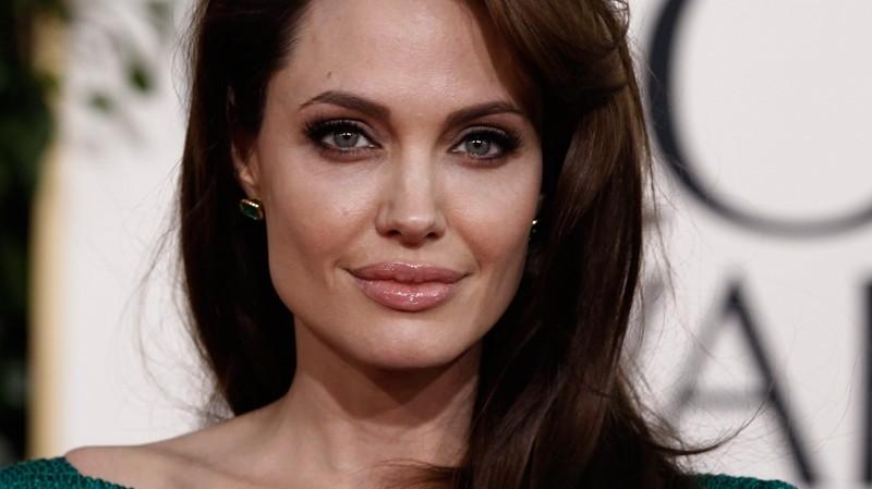 Анджелина Джоли отказалась отмужчин иотношений сними