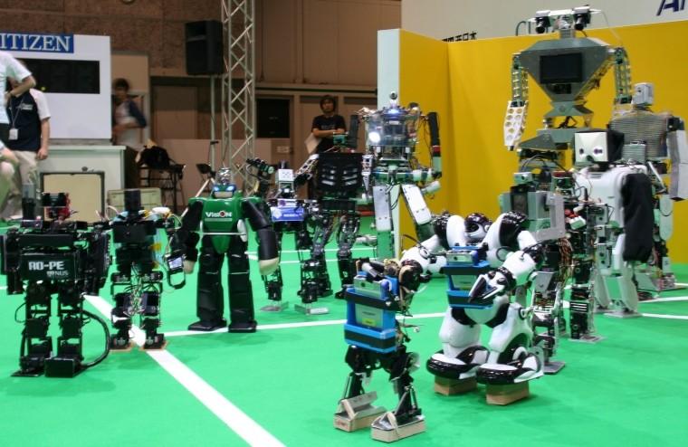 Кошмарный сон Азимова: в КНР робот впервый раз напал начеловека