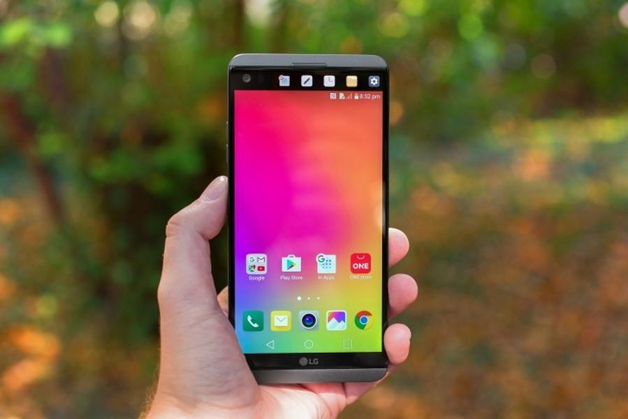 Android-смартфонLG V30 будет лишён 2-го монитора, как уLG V20