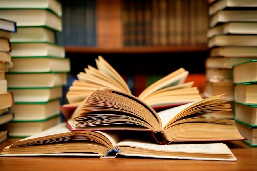Профессионалы назвали 6 обстоятельств, почему стоит читать книги