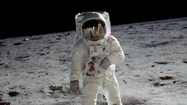 40 лет вNASA скрывали ужасную тайну Луны