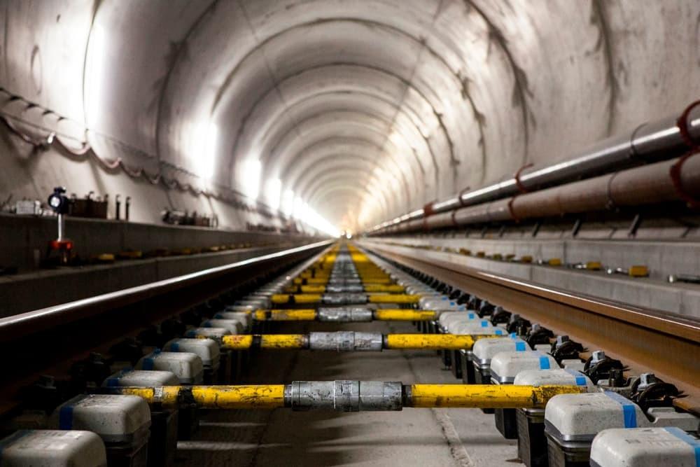 Самый длинный тоннель вмире откроется 11декабря