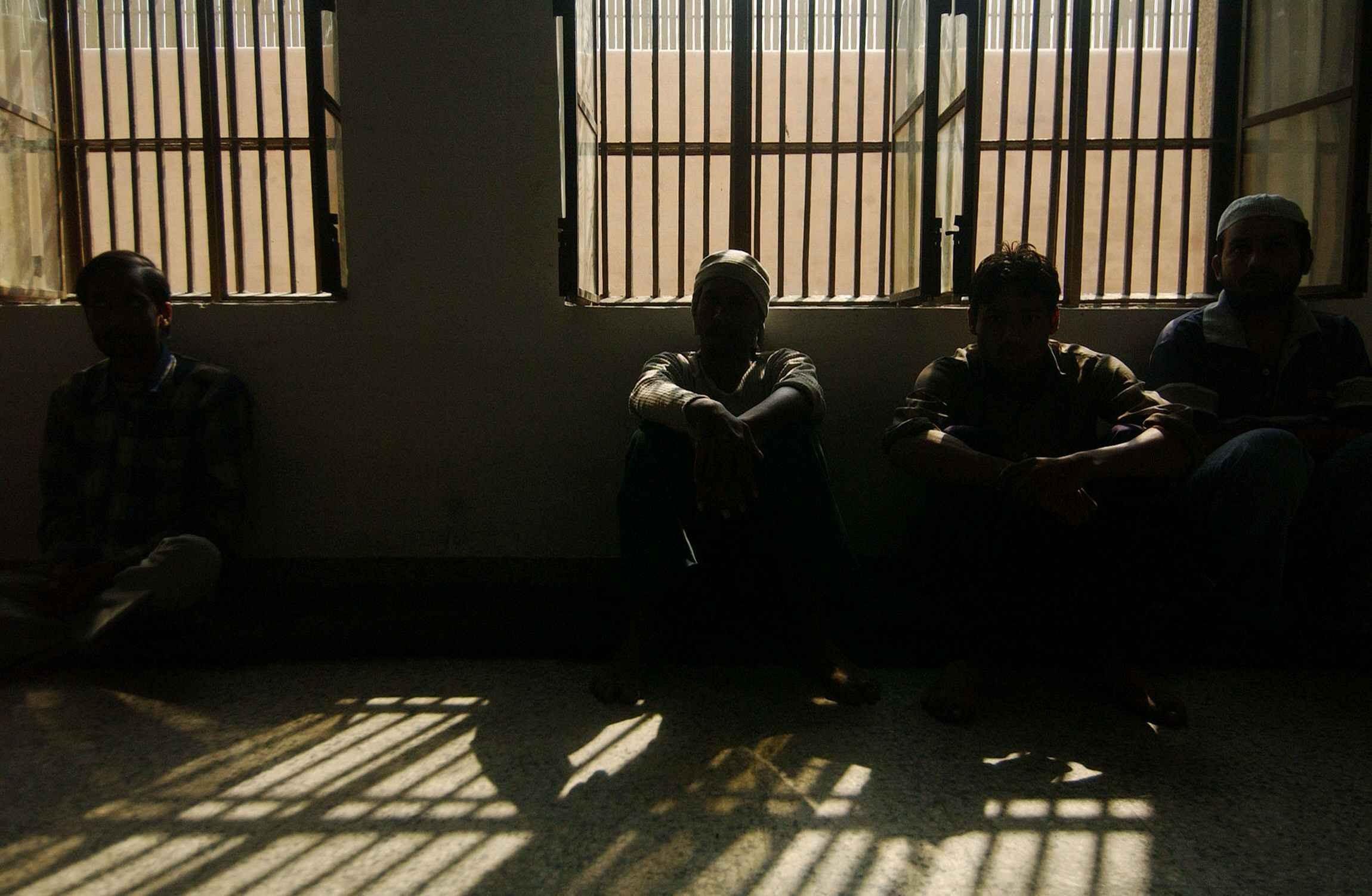 ВИндии неизвестные атаковали тюрьму иосвободили заключенных
