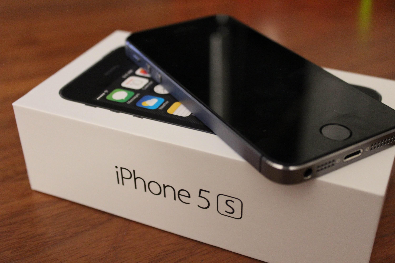 Новый iPhone 5S временно можно приобрести поцене в $191