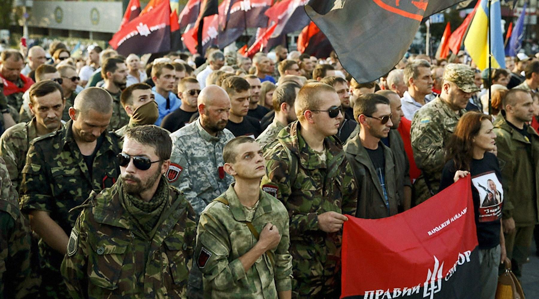 «Правый сектор» пообещал небуянить на опросе Януковича