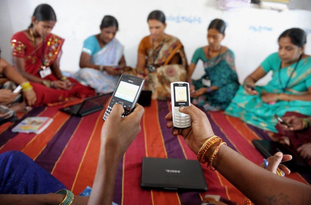 Фейсбук провела интернет вотдаленные районы Индии