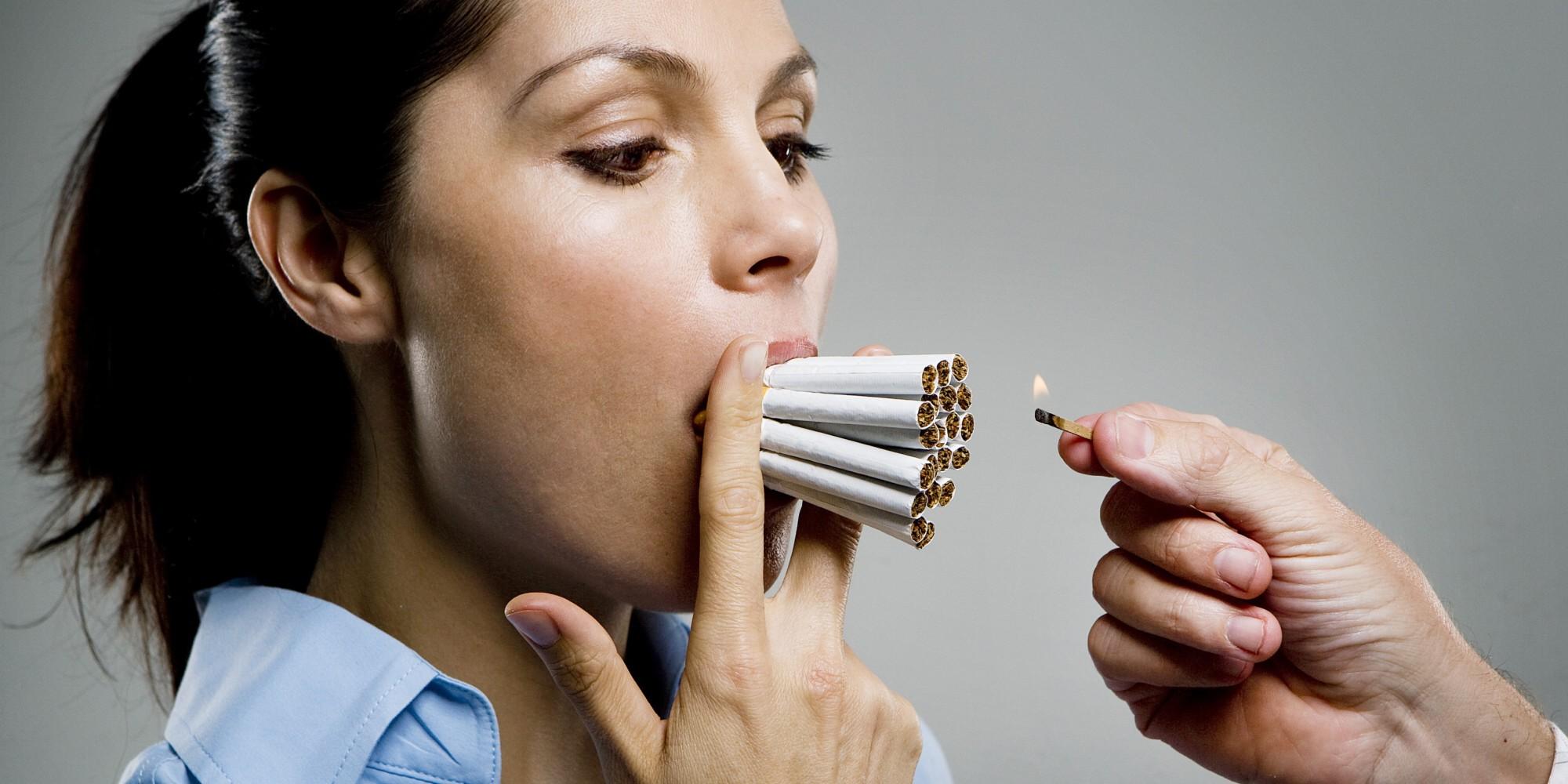 Курящие женщины живут на10 лет менее — Ученые