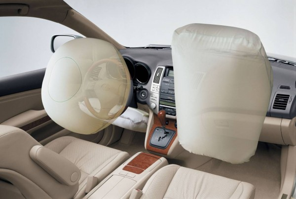 Ученые доказали, что подушки безопасности опасны для водителей и пассажиров