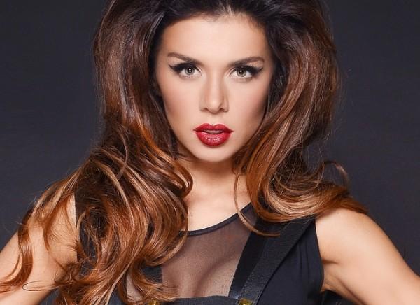 Анна Седокова оказалась на обложке мужского журнала MAXIM