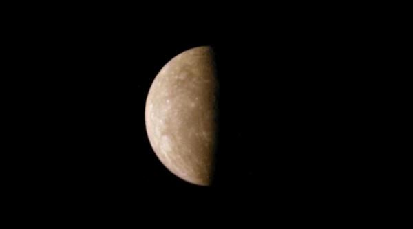 Учёные: Меркурий содержит около триллиона тонн воды