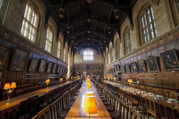 3D-тур по библиотеке из Хогвартса теперь доступен в интернете