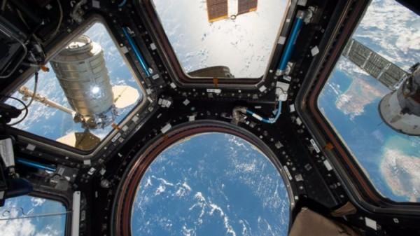 Американский транспортный корабль Cydnus отчалил от МКС