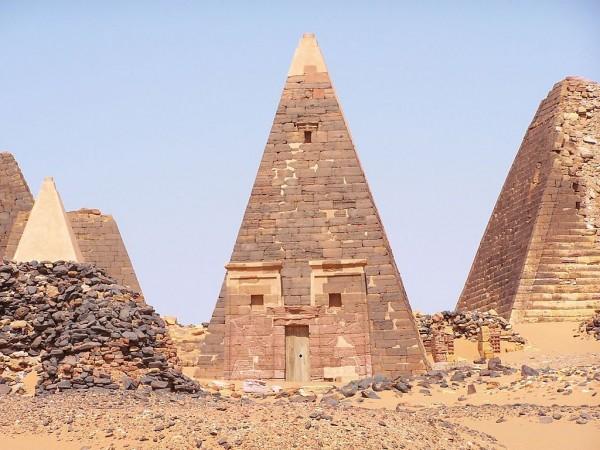 Ученые: Наибольшее количество пирамид находится не в Египте