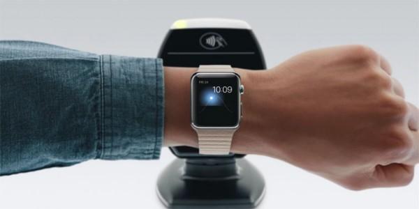 Apple и Samsung Pay оказались безопаснее платежных карт