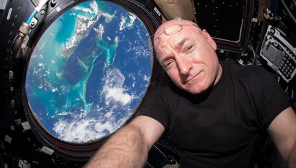 Учёные объяснили, почему жизнь в космосе ухудшает зрение