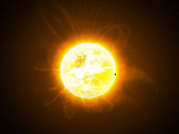 Уфологи из NASA утверждают, что Солнце – заправочная станция для пришельцев