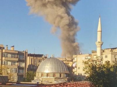 Мощный взрыв прогремел в турецком Диярбакыре