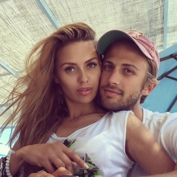 Подписчики Виктории Бони полагают что она рассталась с Алексом Смерфитом