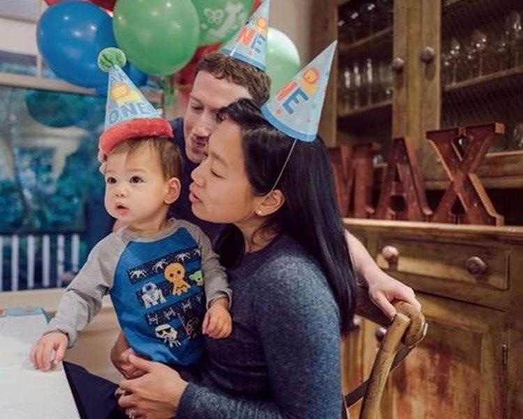 Марк Цукерберг поздравил годовалую дочку с днем рождения