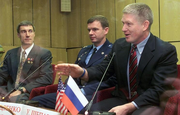 Американский астронавт Шеперд награждён российской медалью