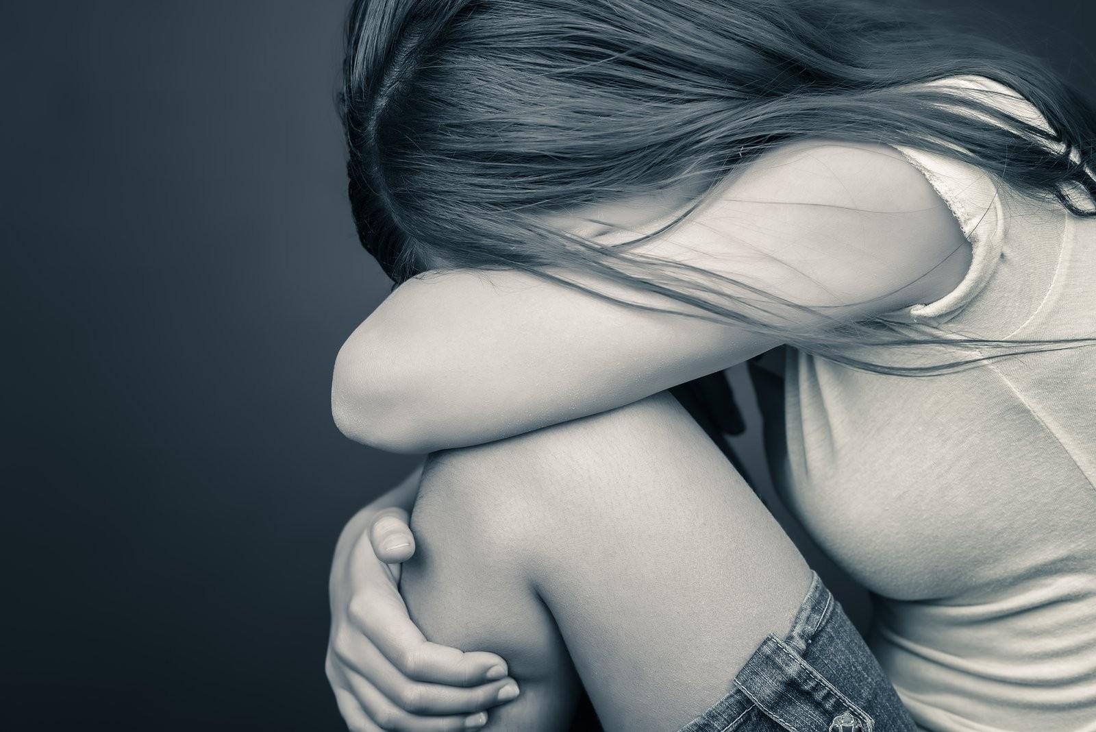 Жительница Ачинска безжалостно избила дочь из-за еежелания увидеться сотцом