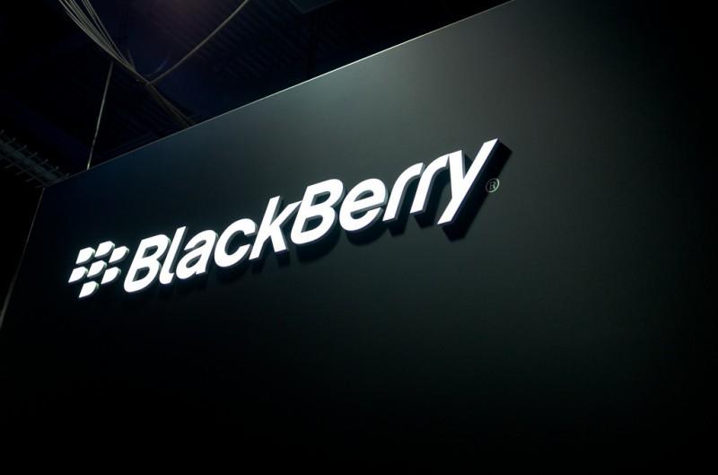 Фотографии нового телефона BlackBerry Меркури на андроид попали всеть