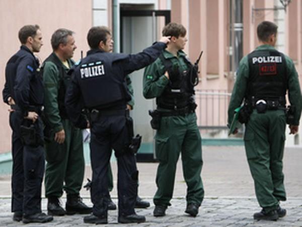 ВГермании беженец избил россиянку