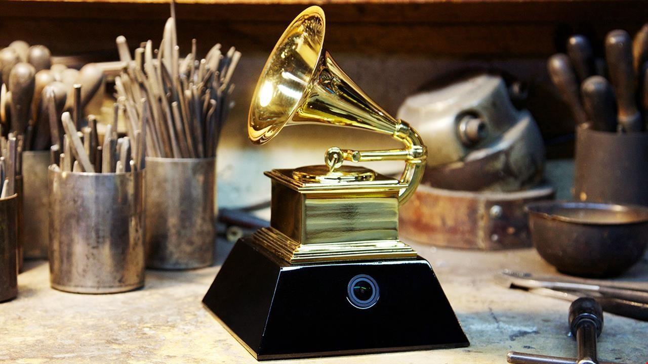 Адель Бейонсе Рианна и Джастин Бибер номинированы на получение'Грэмми
