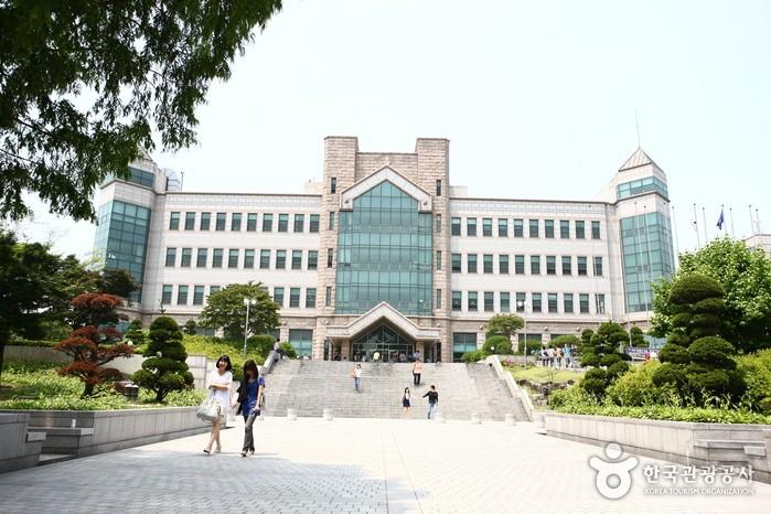Университет русской культуры открылся встарейшем вузе Южной Кореи