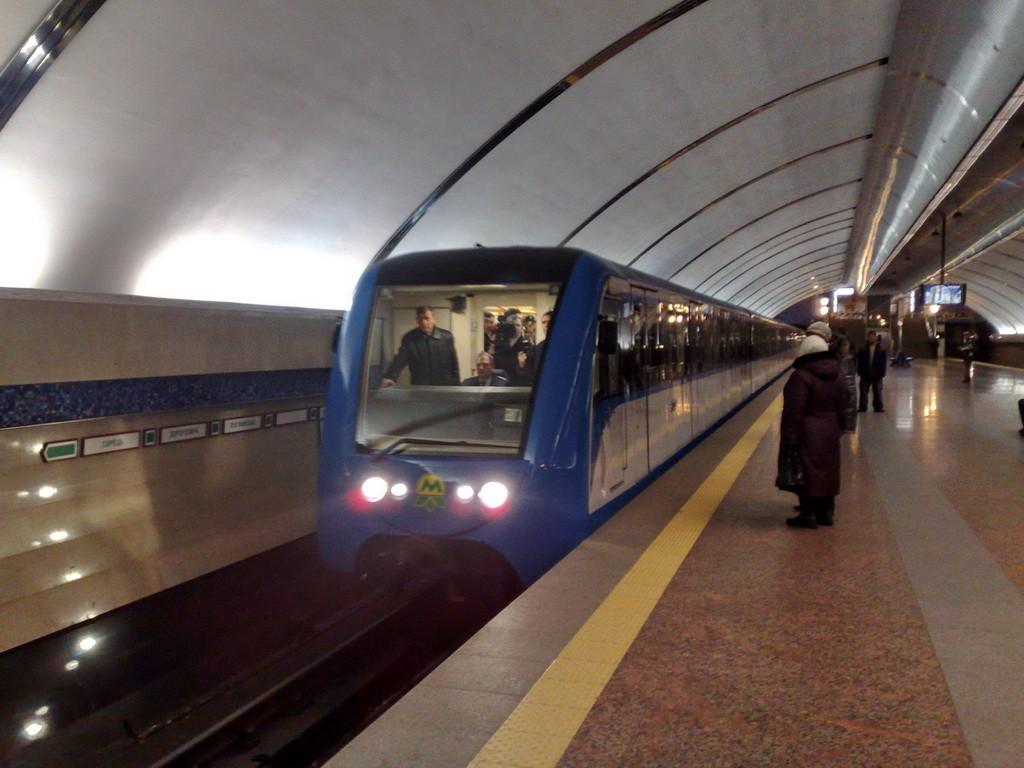 Московский метрополитен начнет испытание новых поездов «Москва» вконце декабря
