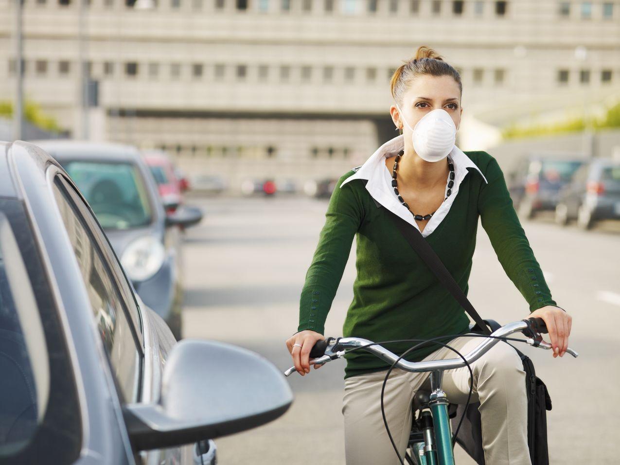 Езда навелосипеде в городах может навредить здоровью— Ученые