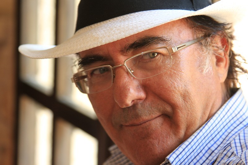 Аль Бано перенес операцию, однако неотказывается отконцертных планов
