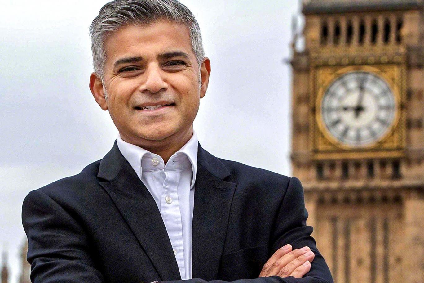 Главы города Лондона попросили временно сделать публичный транспорт бесплатным