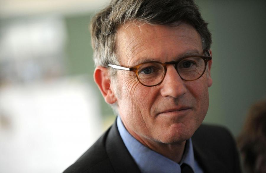 Экс-министр образования Франции выдвинул свою кандидатуру напост президента
