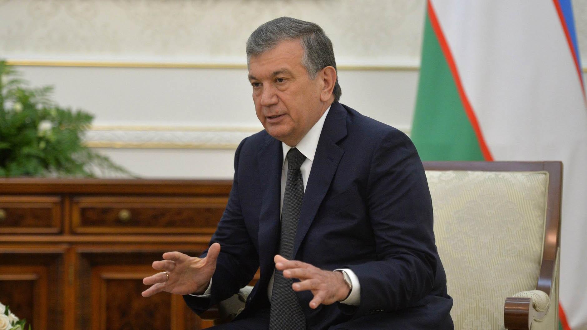 Новый Президент Узбекистана официально вступил вдолжность