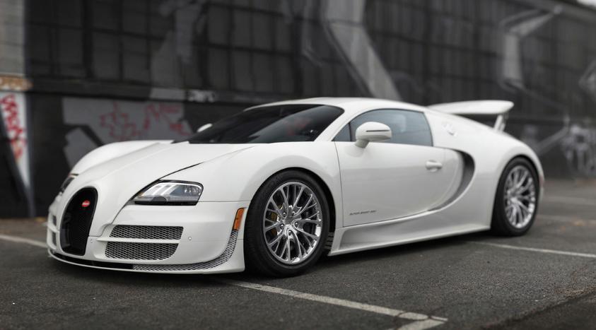 Последнее купе Bugatti Veyron уйдет с молотка на Sotheby's