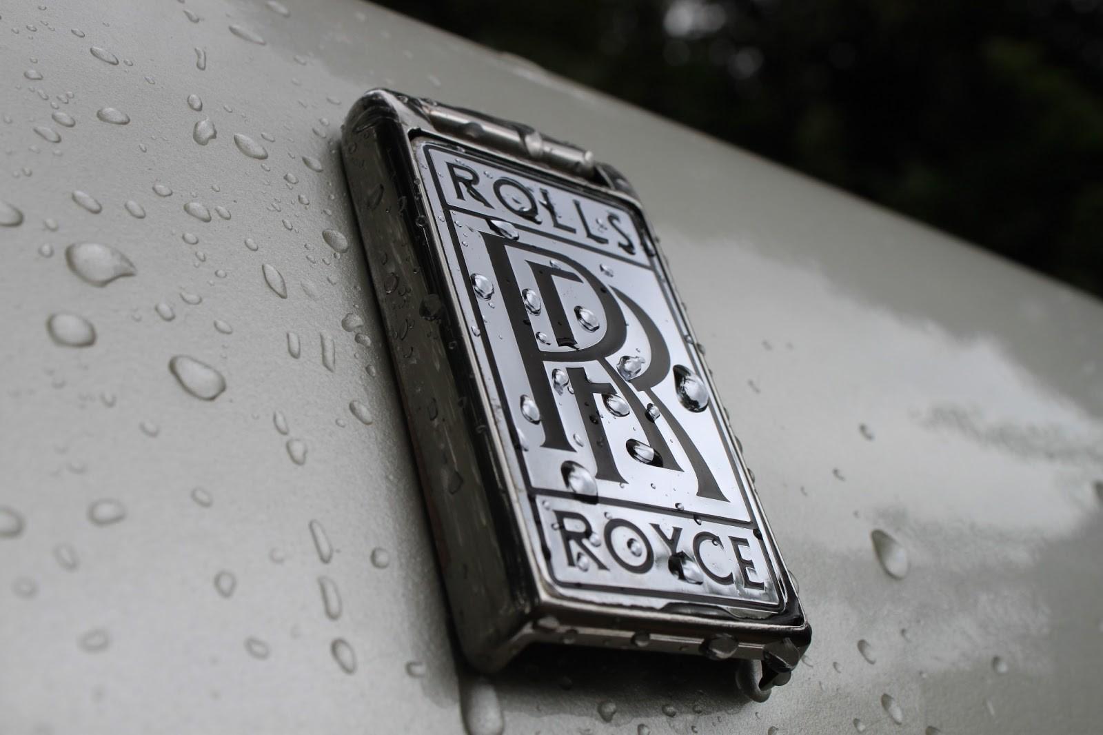 Роллс Ройс выпустит рок-н-ролльные спецверсии модели Wraith