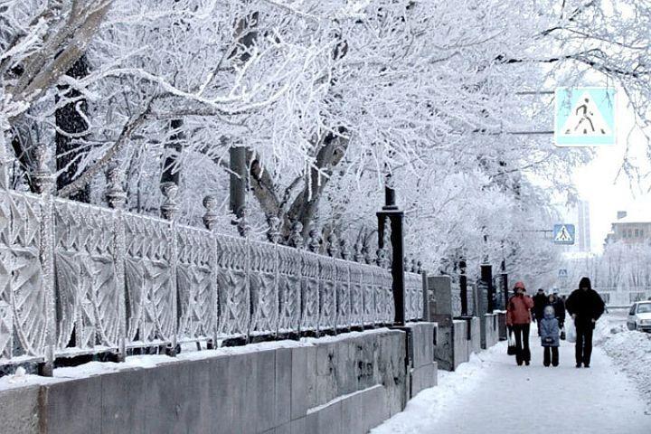 Глыба снега скрыши вМурманске упала наголову женщины