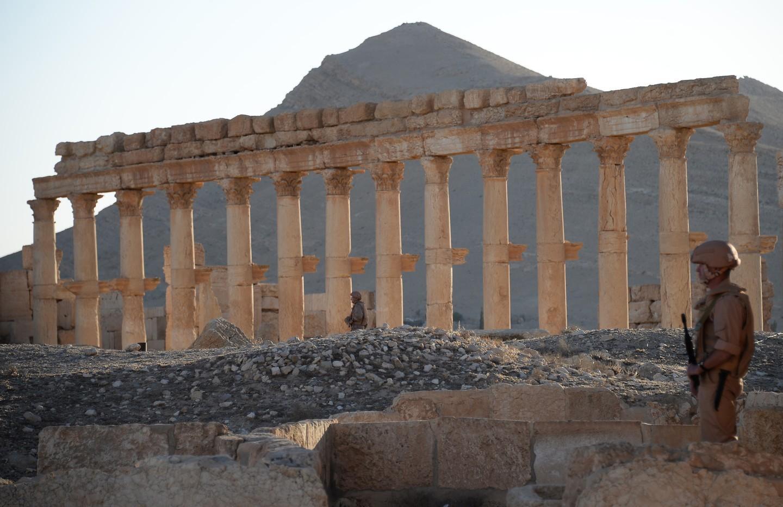 Сирийская армия отразила сильную атакуИГ под Пальмирой