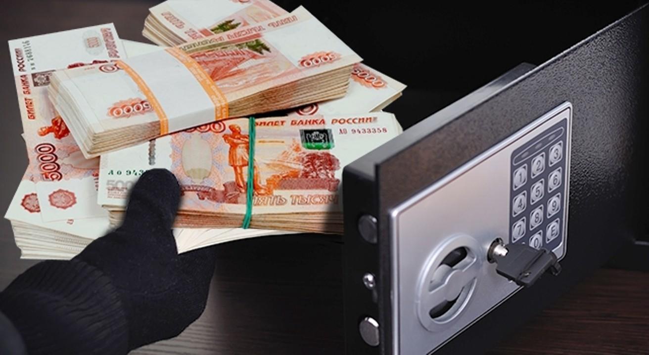 В российской столице неизвестный похитил изквартиры сейфы с12,8 млн руб.
